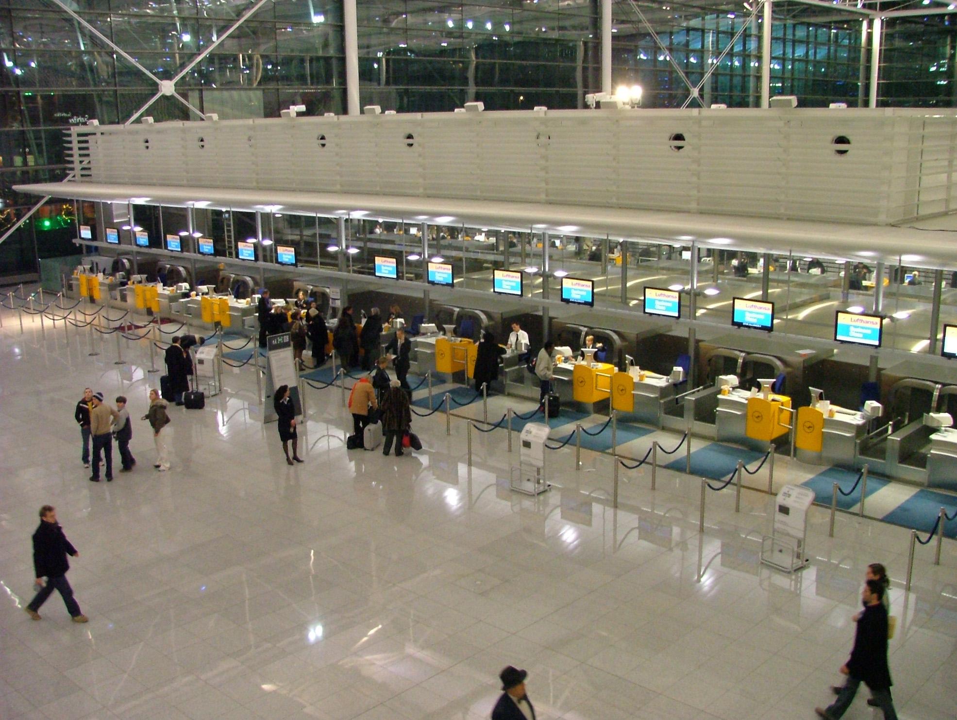 Секс в аеропорте фото 27 фотография