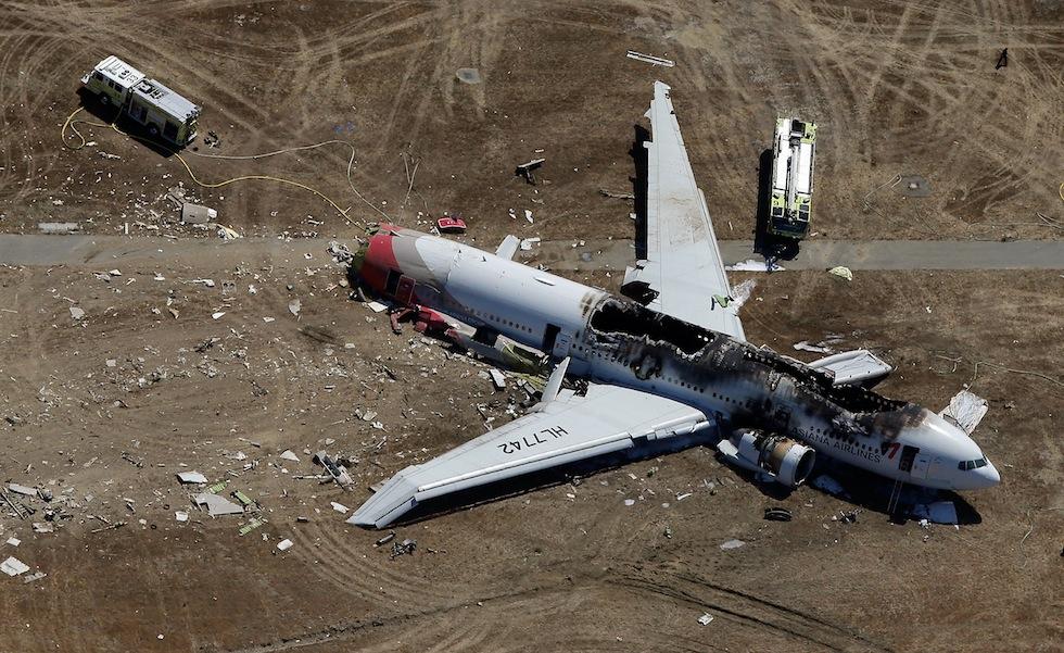 Boeing 777 Crashes At San Francisco Airport