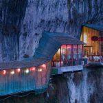 Sanyou Cave, Chang Jiang,China