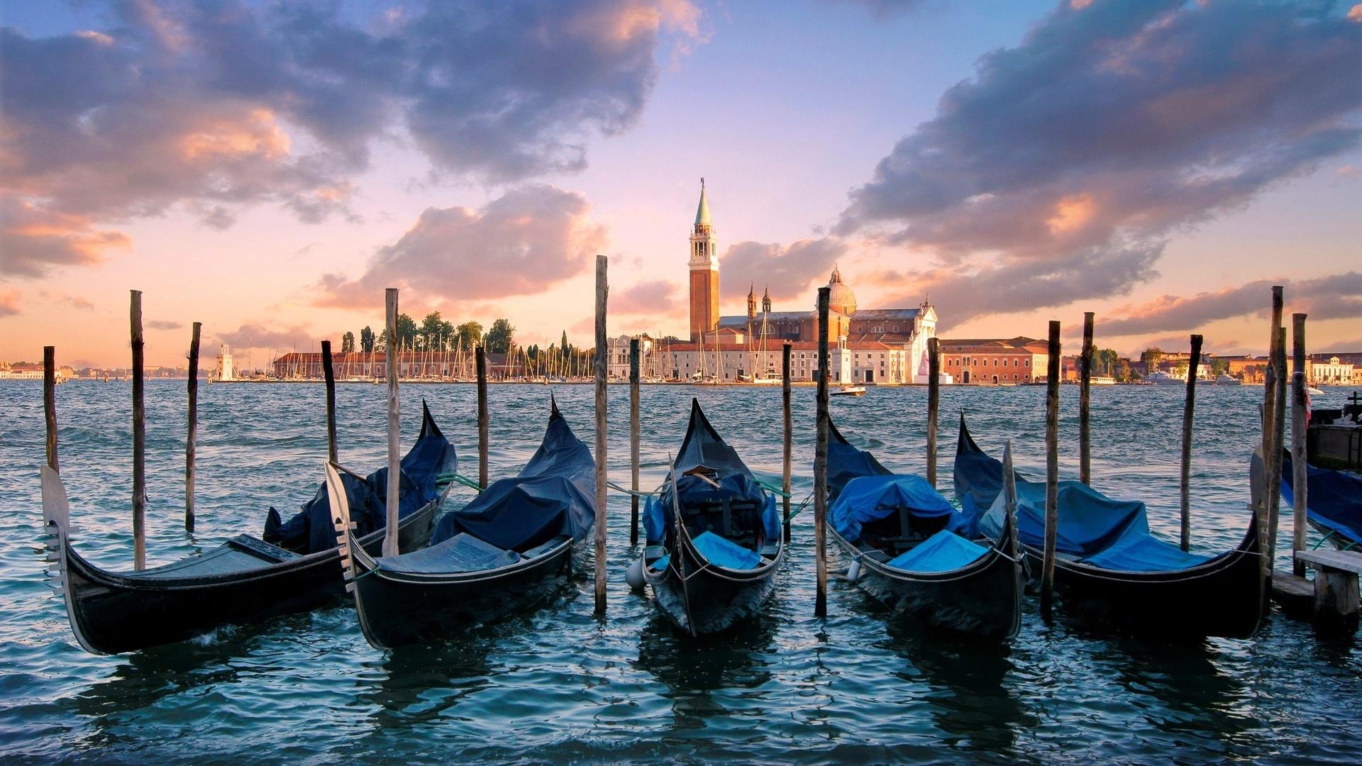 Back from venezia fascino senza tempo tra lusso e for Quadri illusioni ottiche