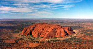 Ufficiale: da Ottobre 2019 sarà proibito scalare Uluru, simbolo sacro degli aborigeni