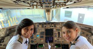 Pilota e co-pilota sono madre e figlia: succede su un volo Delta